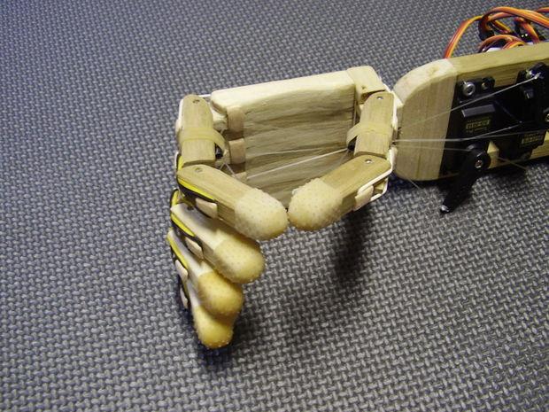 Animatronic Arduino Hand