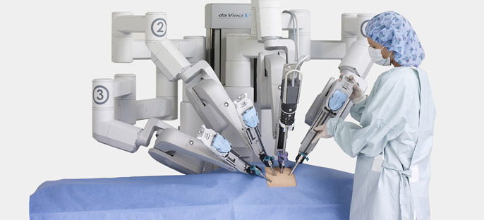 robot in medical field Below are six top uses for robots in the field of medicine today 1 telepresence  physicians use robots to help them examine and treat patients in rural or remote .