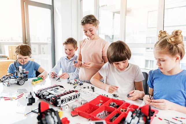 7 Reasons why your child should join a Robotics team