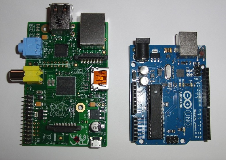 Arduino or Raspberry Pi