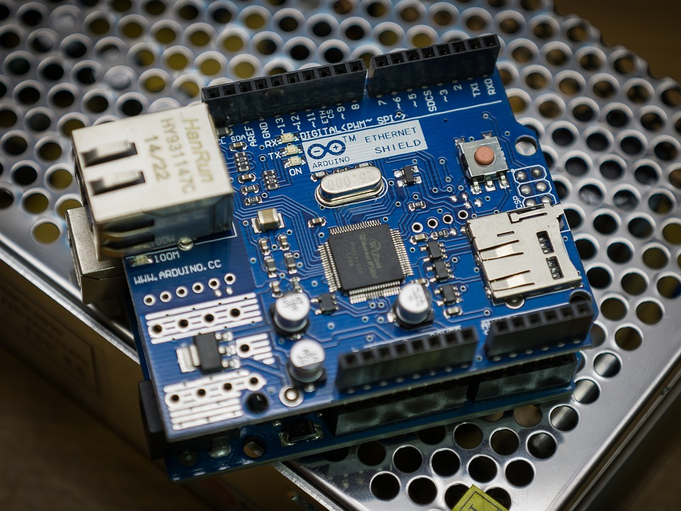 Best Arduino based final year projects