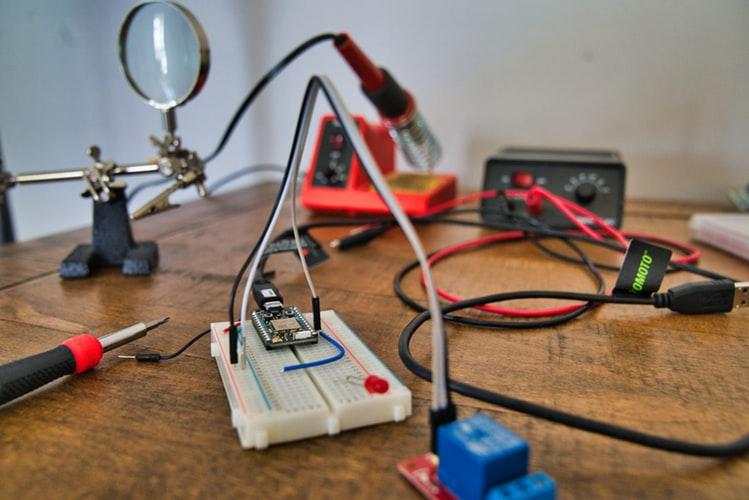 Good Electronics Mini Project Topics for ECE students