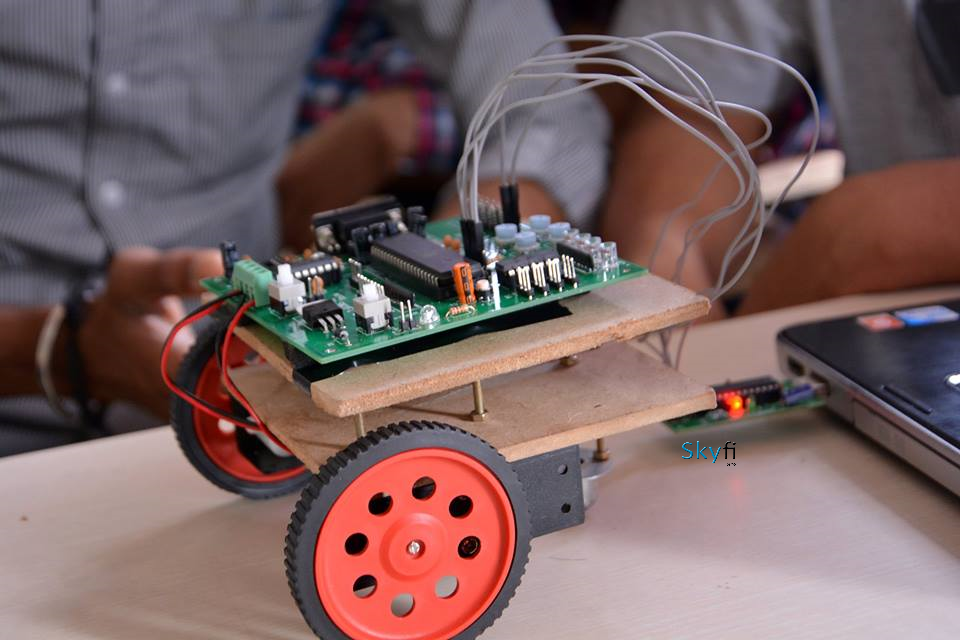 How To Get Started In Robotics Through Project Based Courses