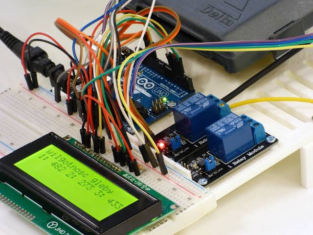 Innovative Arduino based mini projects for engineering students