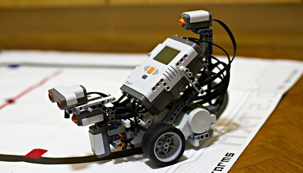 Line Follower Robot - Kits, Tutorials & Programming Code