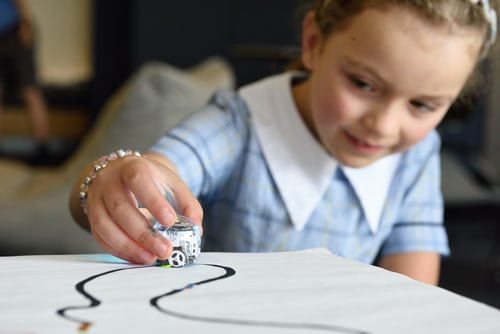 Why Kids are attracted to robots?