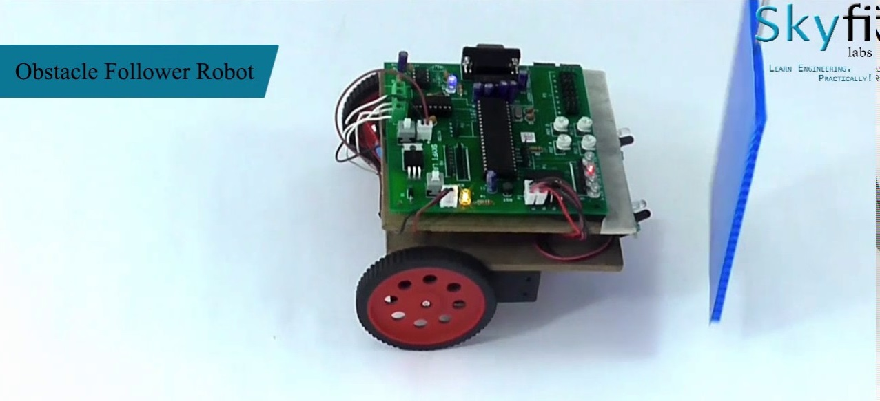 Sensor guided robotics kit for engineering students